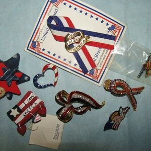 Jewelry - Lot of patriotic pins   ##H